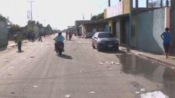 Вандалски прояви във Венецуела заради недостиг на храна