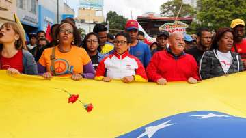 В Деня на независимостта: Мадуро с призив за диалог, Гуайдо заклейми диктатурата