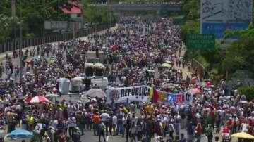 Сблъсъци по време на протести във Венецуела
