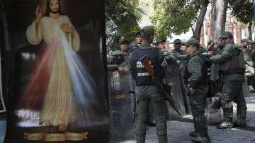 Как светът реагира на кризата във Венецуела?