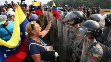 Венецуела разположи войски по границата си с Колумбия
