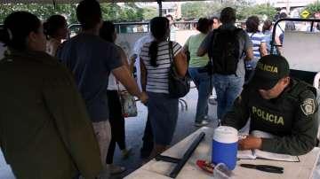 Десетки хиляди венецуелци на пазар в Колумбия
