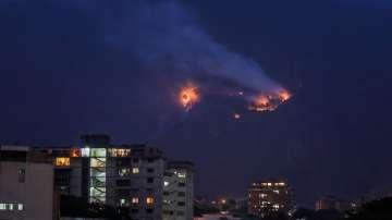 Венецуела в огън и сблъсъци след обявен от Мадуро режим на тока