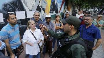 Кандидат за Учредителното събрание във Венецуела е убит в дома му преди изборите