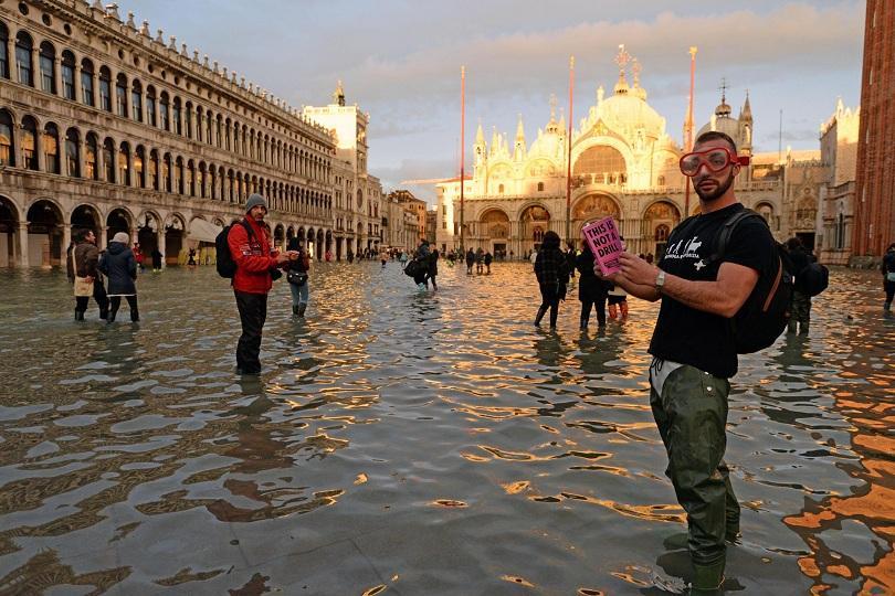 Нов изключителен пик на придошли води във Венеция.© БГНЕСНивото на