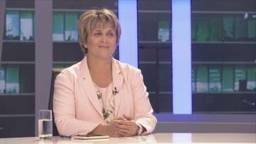 Весела Лечева в Панорама: ГЕРБ си изградиха собствена държава