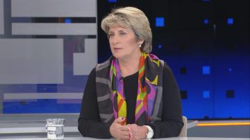 Весела Лечева: В българския парламент ни заобикаля агония
