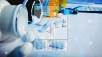 Мораториумът върху новите лекарства през следващата година остава