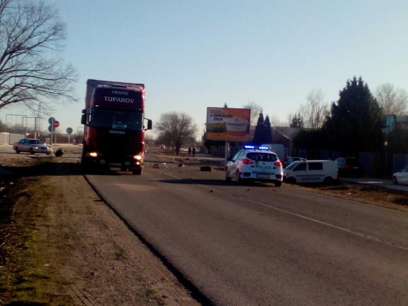 снимка 2 Заспал зад волана шофьор предизвика катастрофа в Пловдив (Снимки)