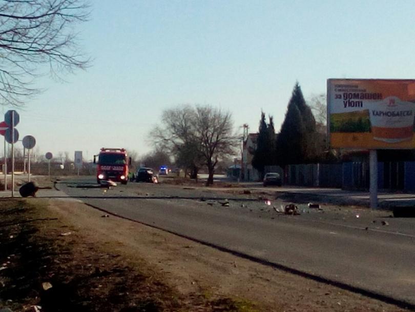 снимка 4 Заспал зад волана шофьор предизвика катастрофа в Пловдив (Снимки)