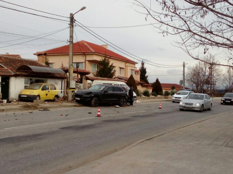 снимка 4 Два пътни инцидента от Пловдив тази сутрин (Снимки)