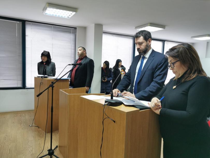 съдът гледа делото оспорените пълномощия кмета благоевград