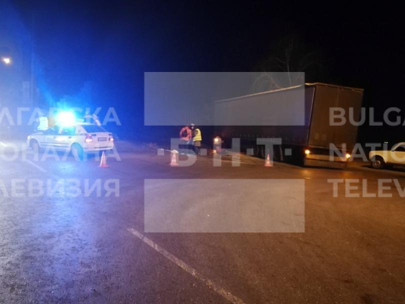 снимка 1 Тежка катастрофа с двама загинали затвори пътя Русе - Силистра