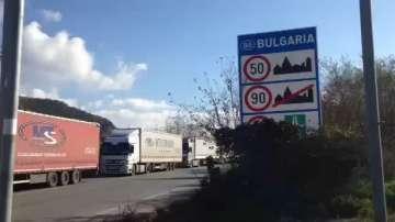 Превозвачи блокираха шест гранични пункта