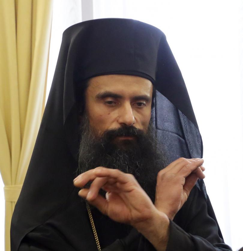 Новият Видински митрополит отслужи първата си Св. Литургия в града