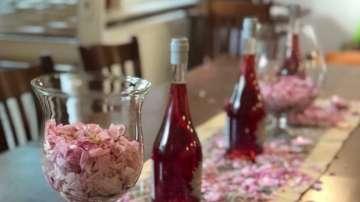 Да се огледаш в розовия цвят
