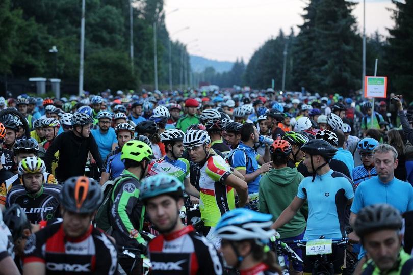 Александър Алексиев и Ивета Алексиева станаха шампиони при колоездачите в