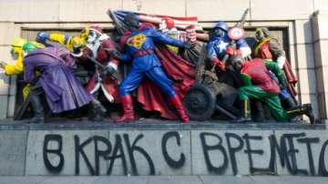 Уличните артисти Destructive Creation: Изкуството ни не е украса за един ден!
