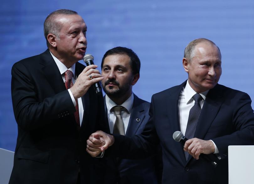 Руският президент Владимир Путин е в Истанбул по случай завършването