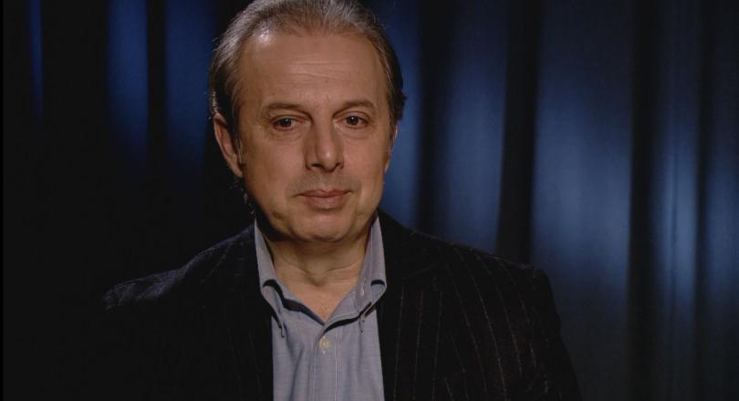 Световноизвестният певец Владимир Стоянов беше удостоeн днес от министъра на