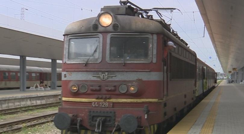 пътнически влак прегази мъж благоевград