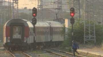 Убийството във влака - заради забележка за песен?