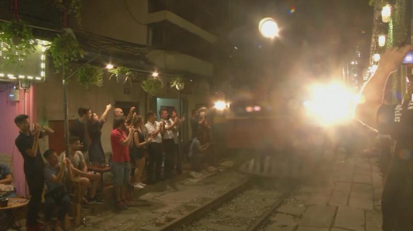 снимка 6 Светска суматоха: Дженифър Анистън с рекорд на Гинес заради Инстаграм