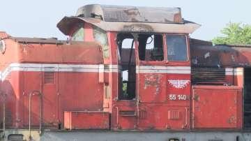 Двама служители на БДЖ пострадаха при пожар в локомотив на гара Горна Оряховица