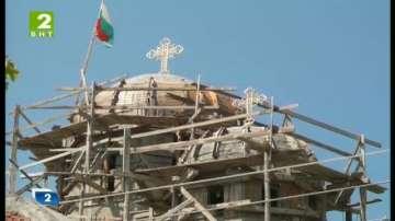 Дарителската кампания на Баба Атлаза за новия храм в Гоце Делчев