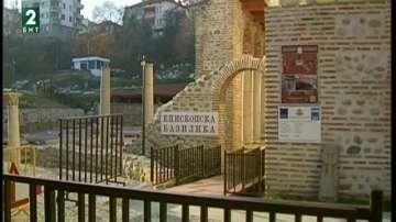 Голям интерес има към Епископската базилика в Сандански