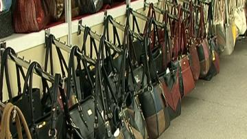 Производители на облекла и кожени изделия настояват за намаляване на ДДС