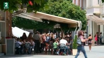 Ресторантьори в Пловдив искат удължаване на работното време