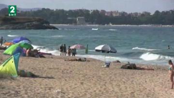 Протест на къмпингуващи на плажа Корал срещу зачестилите проверки