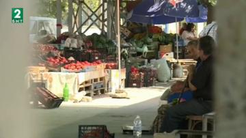 Ниски цени на плодовете и зеленчуците на борсата край петричкото село Карналово