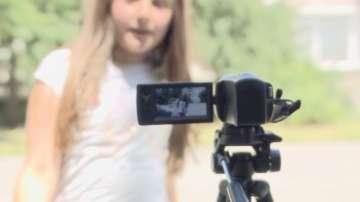 Онлайн детство: Какъв е светът през очите на 9-годишен влогър?