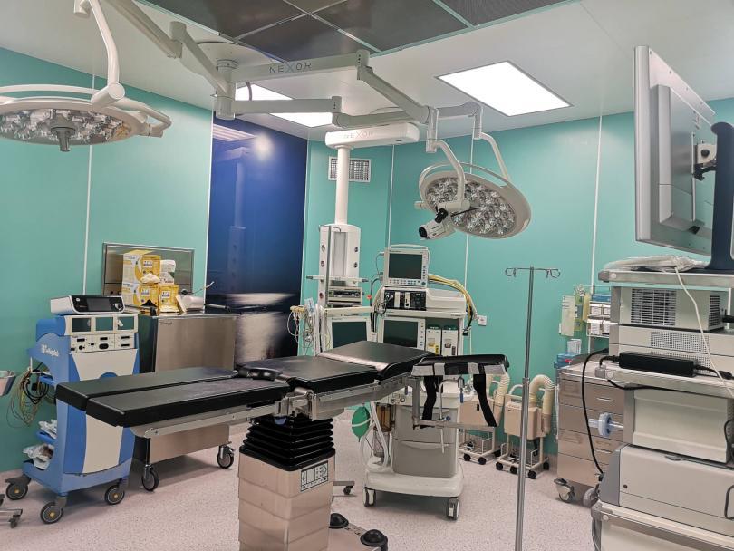 Снимка: Трансплантолозите от ВМА с операционни зали от световна класа