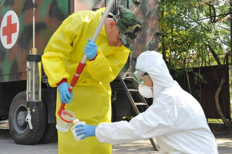 снимка 4 Екипи на ВМА тренираха за бедствие с много пострадали и заплаха от епидемия