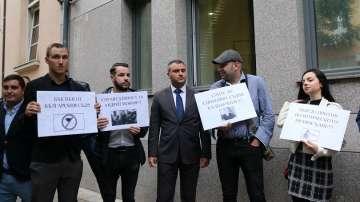 Протести срещу съдиите, освободили предсрочно Джок Полфрийман