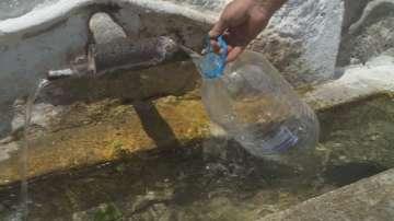 Бобов дол от седмица е без вода заради авария