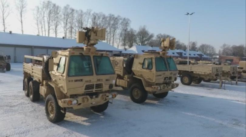 Снимка: Затруднено движение по основни пътища у нас заради преминаване на военна техника