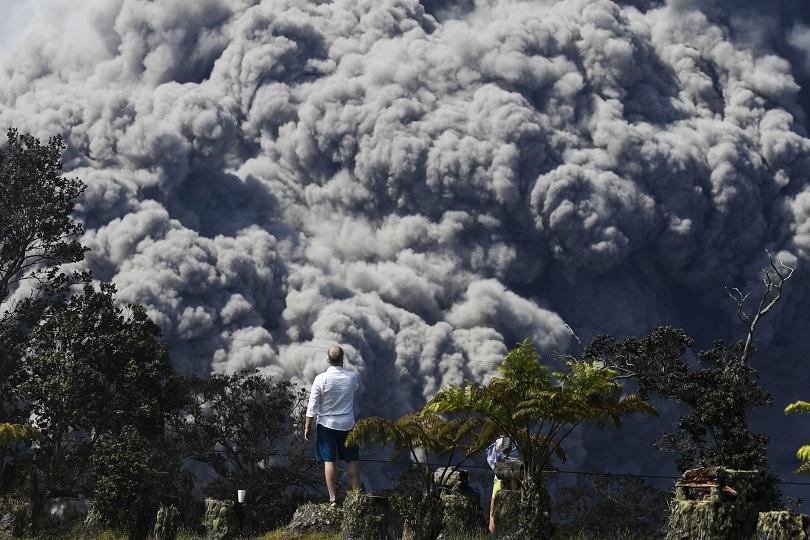 снимка 2 Лава от вулкана Килауеа продължава да се излива в Тихия океан