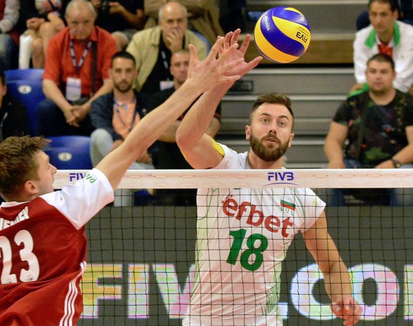 България победи Полша в Световната лига с 3:2 гейма