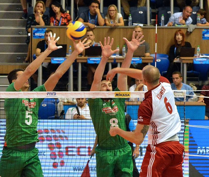Националният отбор на България загуби от Полша с 1:3 (14:25,