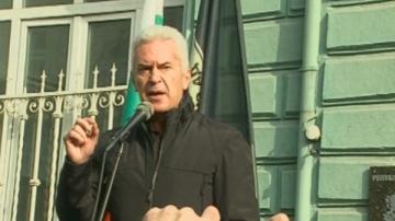 Волен Сидеров в следствието заради скандала на летище Варна