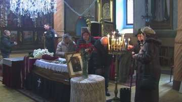 Поклонение пред врачанския митрополит Калиник