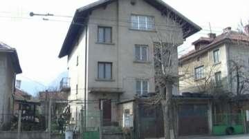 Две лица са задържани за убийството на 66-годишен мъж във Враца