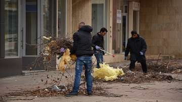 Направиха оглед на пострадалите обекти след вятъра във Враца