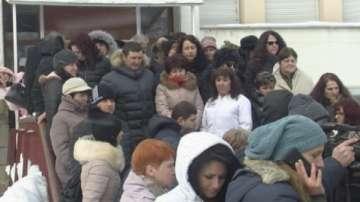 Лекари излязоха на протест заради дълговете на Врачанската болница