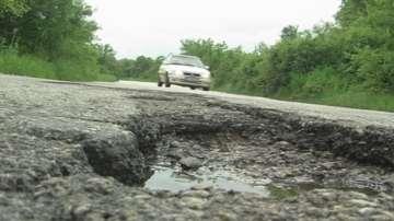 Ще бъдат ли оправени разбитите пътища в Северозападна България?