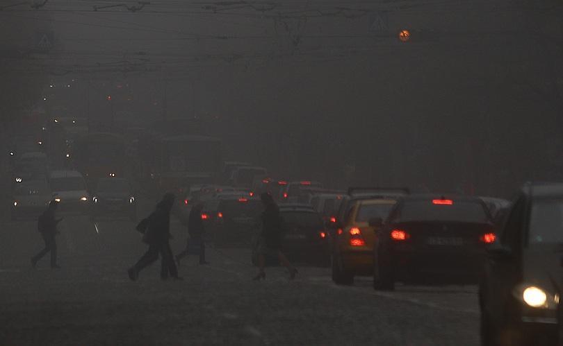 Опасност от замърсяване на въздуха в София. Според системата AirSofia